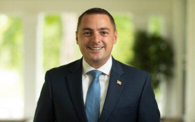 headshot of Senator Mike Martucci
