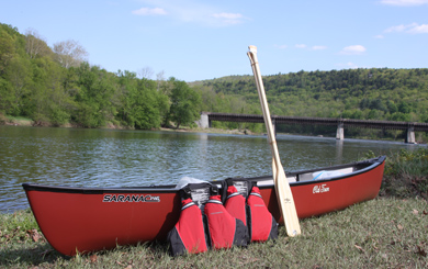 canoe with life jackets